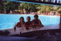 006 - An der Poolbar
